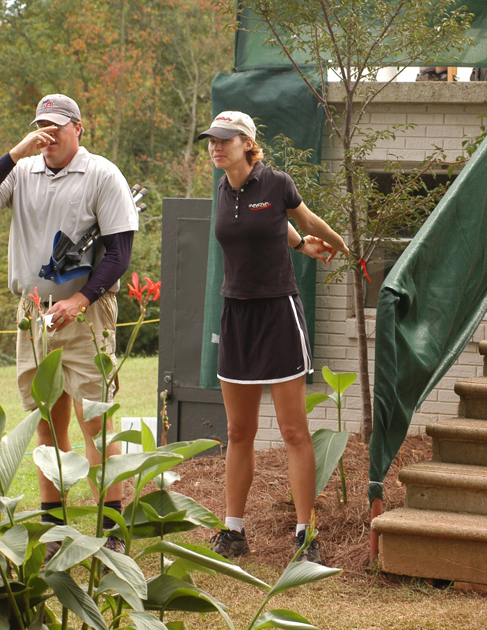Juliana Korver stretches before a round during the 2004 USDGC.